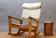 Hans J. Wegner - er schuf 500 Stühle, davon sind einige begehrte Klassiker geworden. / Hans J. Wegner entwarf etwa 500 Stühle! Einige seiner Entwürfe werden heute noch von namhaften Herstellern produziert