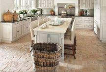 Kitchen to cook & to enjoy / by Tsvetana Lissanevitch