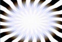 Оптические Иллюзии / Порой наши глаза говорят нам неправду!.. Не верь глазам своим - проверь их здесь!..