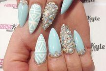 Wonderland of nails