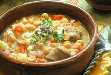 Traditional Spanish / The best Spanish dishes. What to taste and where to taste it.