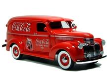 Images of Google & Coca Cola / by Mayra Ruas
