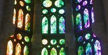 Vitralls Bonet: Vidrieras - Stained Glass / http://vitrallsbonet.com/obras/ Descubre nuestros trabajos realizados, hechos minuciosamente y con rigurosa metodología en la restauración por maestros vidrieros desde 1923.  The stained glass that our workshop Vitralls Bonet elaborates with passion. #stainedglass #stained #design #art #church #glass #barcelona #Gaudi #vidrieras #arte