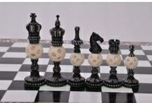 Camel bone Chess sets for Sale - chessbazaar.com / Camel bone chess pieces have a unique and natural classic look.