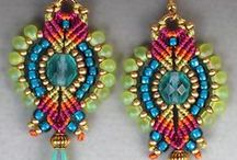 beadwork and knotting fusion / Inspirations for connecting micro macrame with beads