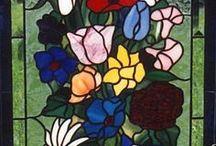Vidrieras Decorativas / Exhibimos las vidrieras decorativas más llamativas del mundo que encontramos hecha por artistas fabulosos.