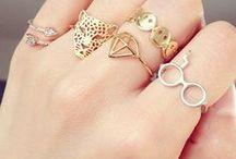 ༺Jewelry & Accessory༻ / by Thayze Freire
