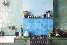 Tegelwerk inspiratie / Tegels geven uw huis een unieke uitstraling! WICRON Woningonderhoud is gespecialiseerd in tegelwerk en zorgt voor kwaliteit tegen lage prijzen. Geïnteresseerd in de mogelijkheden? Neem dan contact op via info@wicron.nl.