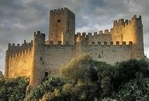 Castillos / No hay novela medieval que se precie en la que no salga una fortaleza... y yo escribo muchas novelas ambientadas en la Edad Media. Aunque sea mi medievo particular.