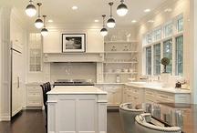 Kitchens / by Liz Chun