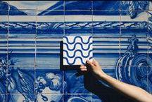 """  Lusa Luso ♥ Azulejos   / La """"petite pierre polie"""" (de l'arabe az-zulaïj), introduite par les Arabes en Andalousie au XVe siècle, a trouvé au Portugal sa terre d'élection. Ces carreaux de faïence si caractéristiques font partie du paysage portugais. L'histoire lusitanienne s'y lit en plein air."""