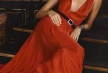Fashion-Gowns / by Jean DeSavage