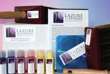 How to Lazure? / The definitive Do It Yourself Lazure painting kit including a 30-minute instructional video utilizing the technique and experience of Master Lazurist, Charles Andrade. Andrade has been Lazuring and teaching Lazure workshops worldwide for over 25 years.  With this DIY Lazure painting kit and instructional video he provides all the tools and guidance you will need to create luminous, Lazured spaces in your own home and at your own pace.