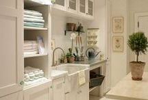 Laundry Rooms We Love / Those spaces that make doing the weekly washing a pleasure.
