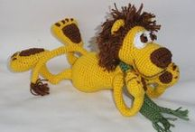 amigurumi lions and tigers