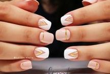 """Stelove"" negative space - geometric / Handpainted Nail Art"