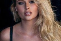 Genevieve Morton / Genevieve Morton, Benoni, Blond, South African, Model, Sports Illustrated Swimsuit