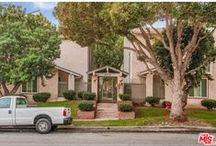 609 Meyer Ln #5 / #RedondoBeach townhome is south of #LAX and close to #SouthBayGalleria and schools.