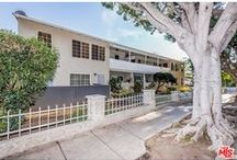 2910 Arizona Ave / One bedroom in #SantaMonica is in a great building with everything you need walking distance away. This top floor condo is one of the most affordable one bedrooms in this city.