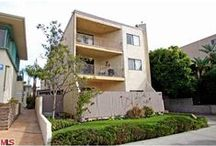 1041 2nd St #4 / A couple blocks from #SantaMonica beach and incredible close to stores, shops, cafes, and activities.