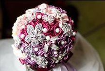 """""""Callisto Bouquets"""" Brooch Bouquet / This is Callisto Bouquet,we just opened our online shop!!! You're welcome to visit us on Etsy! Please contact us if you like our bouquets.  https://www.etsy.com/shop/CallistoBouquets?ref=hdr_shop_menu"""