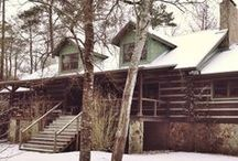 Log Home Love / Everything log... interiors and exteriors of gorgeous log cabins and homes of all styles.