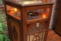 Early Jukeboxes