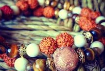 Pluma Handmade - malas / 100% unique and handmade jewelry and other items for a down-to-earth look and that mindful connection to the energies that surround us. http://www.etsy.com/shop.Plumahandmade