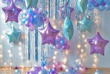 Party Balloons Decorations / Whether it's holding a bunch balloons for a photo shoot or decorating a party with a balloon garland or balloon arch, it's all here. Balloon Decorations / Balloon Centerpieces / Balloon Arch DIY / Balloon Garland