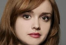 Olivia Cooke / Not enought pics of this perferct face. Seems to be a nice person too.