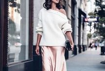 Style: Off-the-Shoulder / We believe style is personal, and should always be three things: beautiful, timeless, and effortless.  Off-the-shoulder looks are trending for summer 2017, and we want to celebrate our favorite strapless looks, as well as the bras that perfectly pair with them.