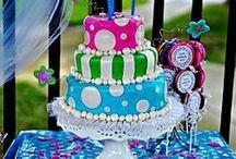 Alice cakes!