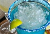 Margarita Recipes / On the rocks or frozen, with salt or without... I'm looking for the best margarita recipes on Pinterest!