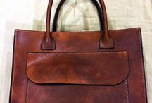 Keramidas Leather Shop / Our Leather Bags are handmade and have been created with the most rigorous quality and aesthetics specifications. ****** Pandrosou 75-77, Monastiraki, Athens - (+30) 210 3214077 - http://www.leathershop77.com/