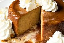 Pumpkin recipes / Fall is falling once again, which means that it's time for pumpkin-flavored EVERYTHING. Pumpkin lattes, pumpkin pie, pumpkin bread, pumpkin cheesecake… even pumpkin pasta! We've gathered the most creative and delicious pumpkin recipes we could find so you can enjoy the satisfying seasonal staple in all its glory—and in ways you've never imagined!
