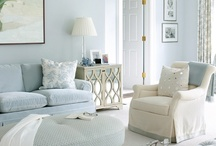 Decorating / by Sallie T