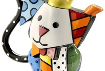 Romero Britto / Romero Britto is a modern day pop culture phenomenon. He has created contemporary masterpieces with his vibrant colours, bold patterns and a continuous message of hope.We are proud to present a collection of figurines and giftware from the Romero Britto Collection.