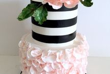 cake decorating / I love cake , I mean who doesn't ...