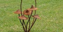 have dekoration / Stål, sten, træ mm til haven