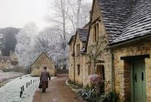 Cottages, Chateau's and Villa's / by Alyssa Dietrich
