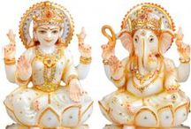 Hindu God Idols / Sai Shradha Moorti Art Manufacture Statues God Idols of white-colored, our all Marble Statues Design content for deities like Feature, Stone Fountain, plate and Stone Furnishings which is completely customized.