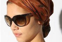 Hoofdbedekking / hoeden, sjaals, hijaab (hoofddoek) etc.