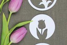 Frühlingsdekoration basteln & plotten / Selbstgemachte Frühlingsdekoration und Sommerdekoration, Blumen, Fensterbilder, Blumenstecker