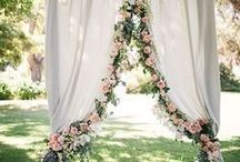 Wedding Arch Ideas / Lots of wedding arch ideas for your perfect wedding. Follow us to get new ideas weekly!