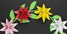 Papierblumen basteln / Blumen & Blüten aus Papier basteln • Inspirationen & Bastelanleitungen & Plotterfreebies für Papierblumen  • Blumenkranz basteln • DIY Blumenschmuck als Tischdekoration aus Papierblumen basteln •
