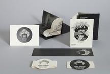 Mona Bismark / EDITION / Centre culturel américain de Paris. Mona Bismark. Création de l'identité et des brochures.