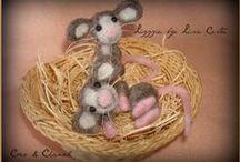 My little needle felted mice / La mia famigliola di topolini...