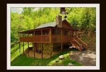 A Bearadise for Two / Vacation Rental Cabin in Pigeon Forge *1BR \1BA *99 ANY NIght of the Year **Hot Tub *Jacuzzi *Fireplace *Charcoal Grill
