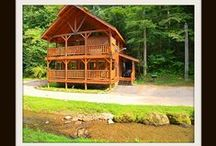 A-Cross the Creek / Vacation Rental Cabin in Pigeon Forge *2BR \2BA *$150 ANY Night of the Year *Wifi *Hot tub *Jacuzzi *Pool Table *Foosball Table *View of the Creek *Fireplace