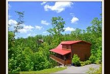 Dancin Bear Hideaway / Vacation Cabin Rental in Pigeon Forge * 2BR/ 2BA *$99 ANY Night of the Year *Hot Tub *Fireplace *Jacuzzi Tub *Charcoal Grill